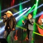 Rionegro & Solimões e Fred & Gustavo cantam no penúltimo dia da Barraca Universitária