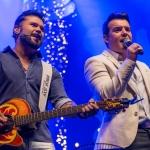 Marcos & Belutti lançam clipe colaborativo de 'Tão Feliz'