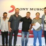 Diego & Arnaldo assinam com a gravadora Sony Music