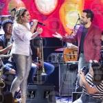 Naiara Azevedo e Luciano Camargo no Altas Horas deste sábado (21)