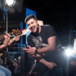 """Gui Neto lança a nova música """"Unibar"""""""